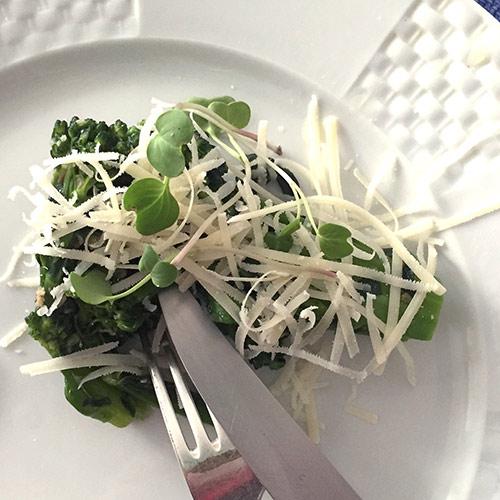 Brócolis cozidos no vapor www.cozinhadamarcia.com.br